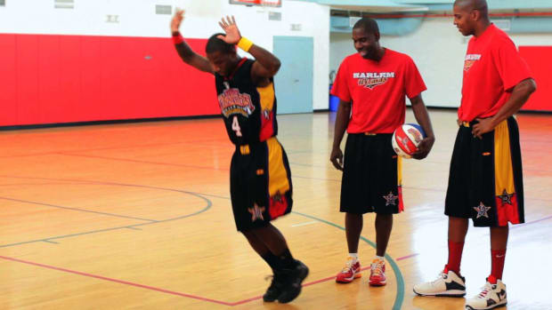 Y. How to Do a Footspeed & Agility Basketball Drill Promo Image