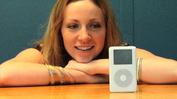 S. How to Replace Your iPod Battery Promo Image
