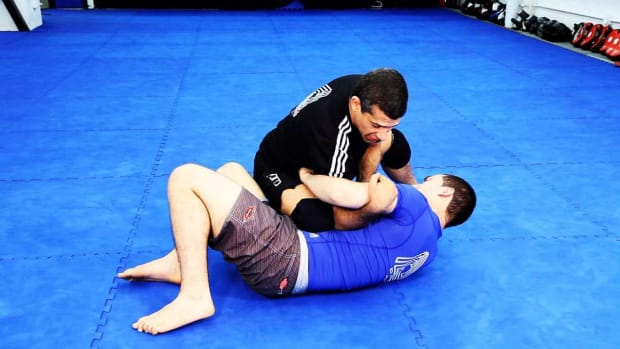 ZZ. How to Do Knee on Belly Attacks in MMA Fighting Promo Image