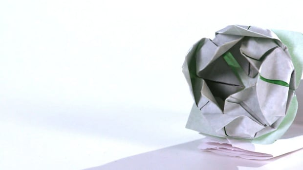 ZI. How to Make an Origami Lotus Promo Image