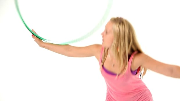 Z. How to Do a Hula Hoop Across the Back Roll Promo Image