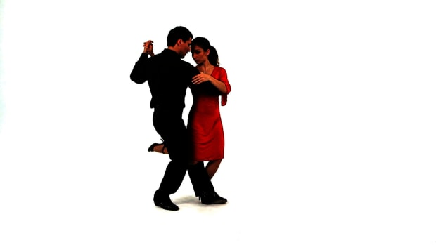 ZA. How to Do the Hook aka the Gancho in the Argentine Tango Promo Image