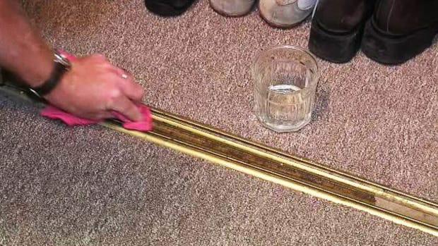 G. How to Fix Sliding Closet Doors Promo Image