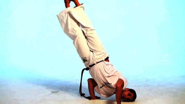 U. How to Do the Queda de Rins in Capoeira Promo Image