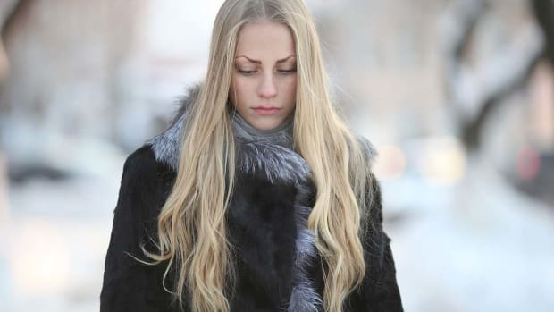 K. How to Read a Girl's Body Language Promo Image