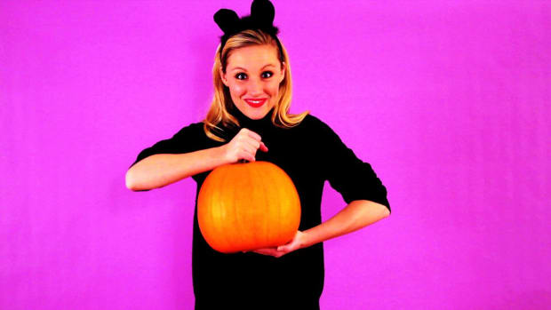 L. Quick Tips: How to Scoop Out a Pumpkin Easily Promo Image