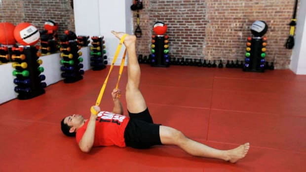 ZH. How to Do Flexibility Training for Kickboxing Promo Image