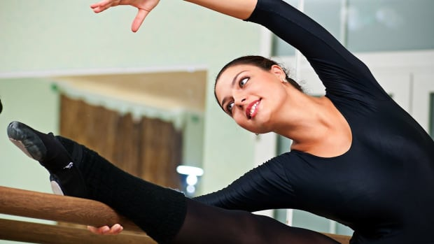 ZB. What Should You Eat before a Ballet Class? Promo Image