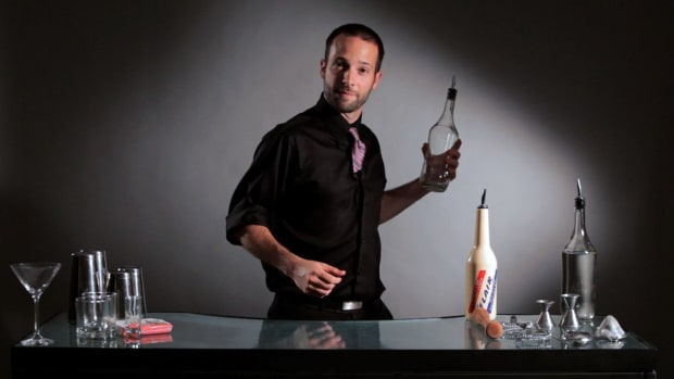 Z. How to Do the Shadow Pass Flair Bartending Move Promo Image