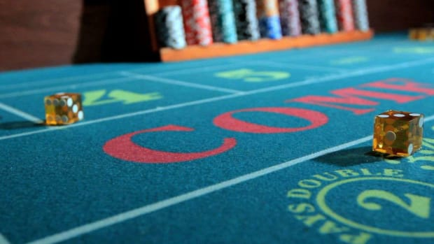 ZG. How to Make a Come Bet or Don't Come Bet in Craps Promo Image