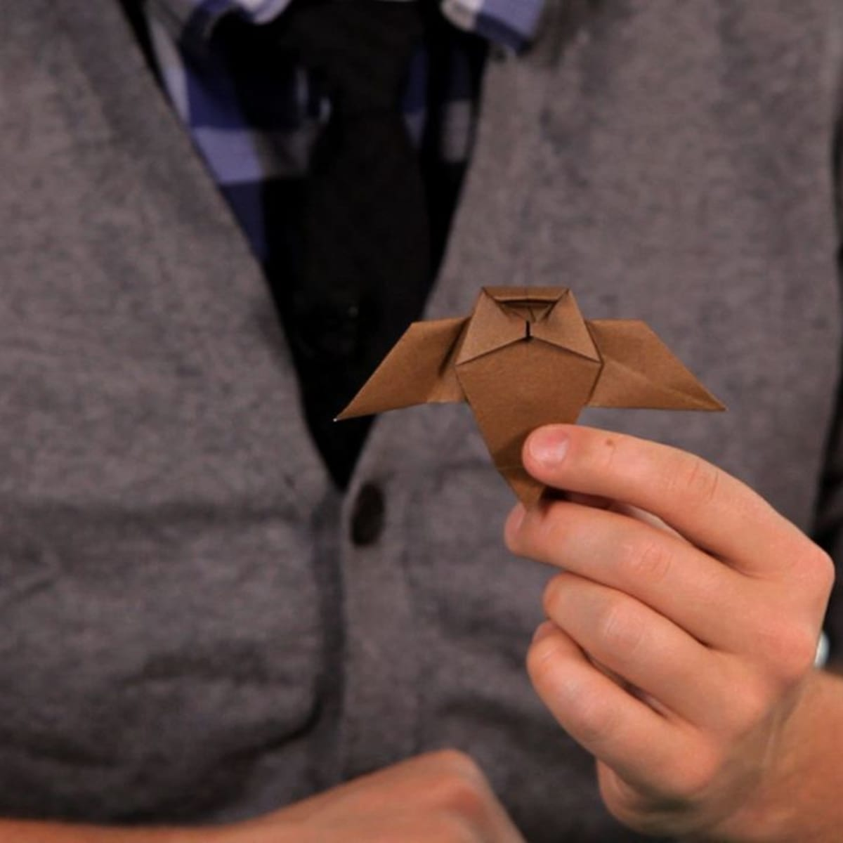How to Fold an Easy Origami Owl | 1200x1200