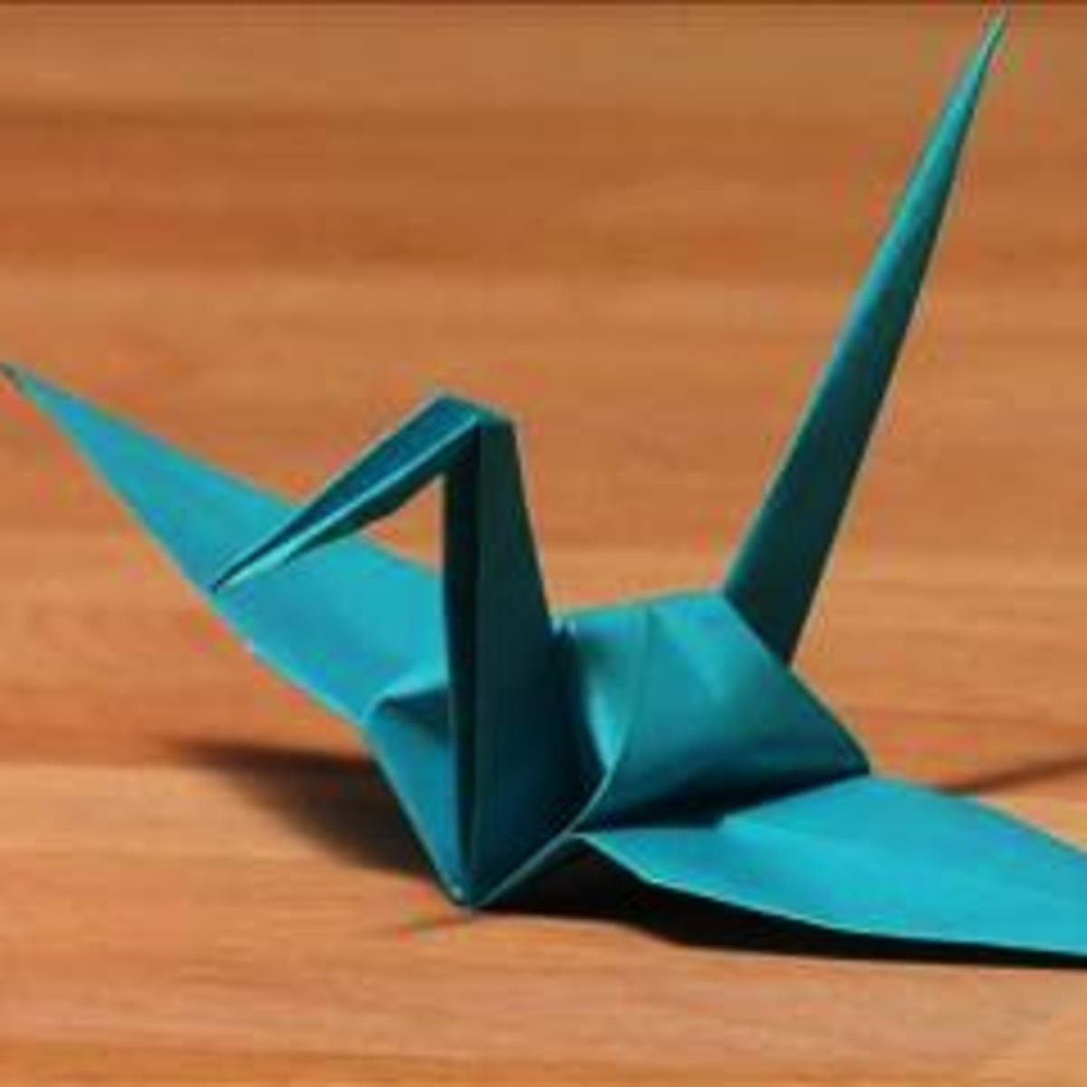 How to Make An Origami Crane for Your Wedding | Martha Stewart ... | 1200x1200