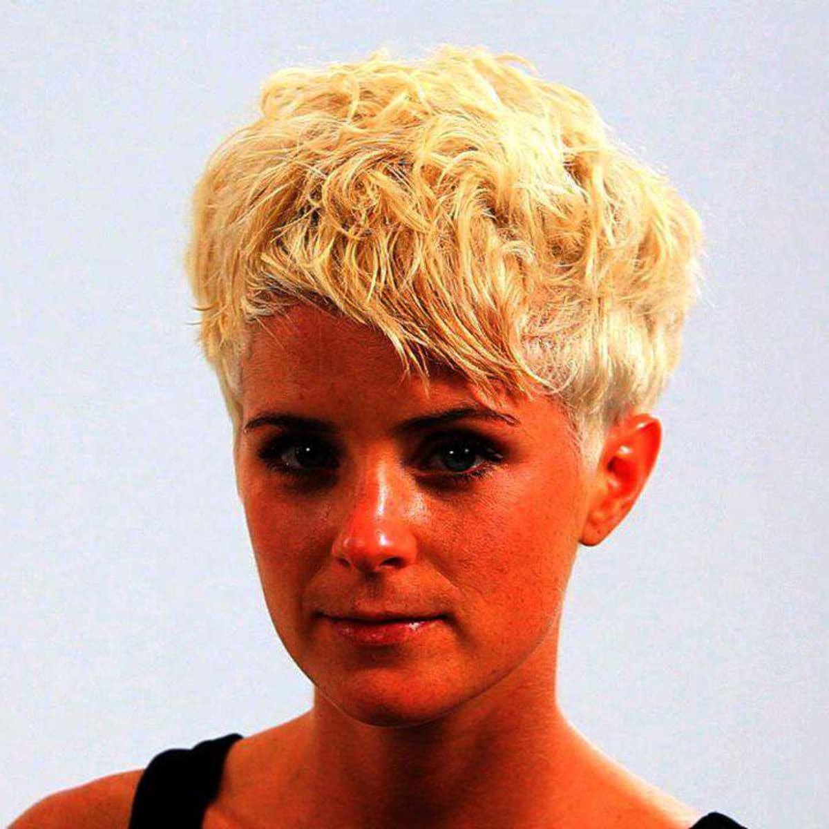 How To Style A Pixie Haircut Howcast