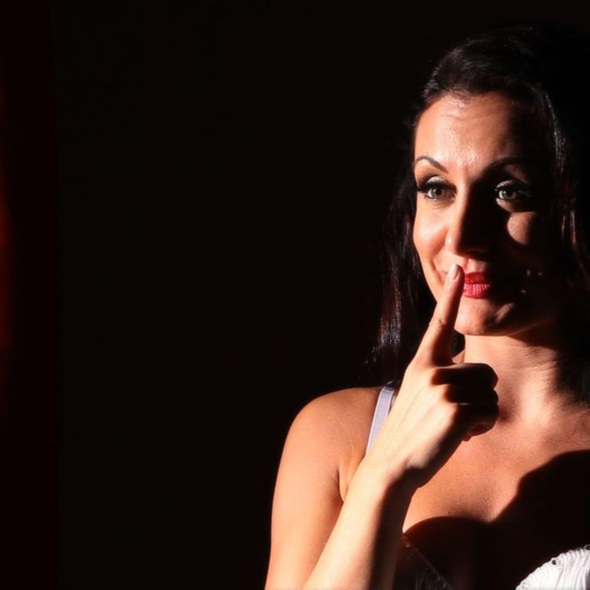 8 Burlesque Makeup Tips Howcast
