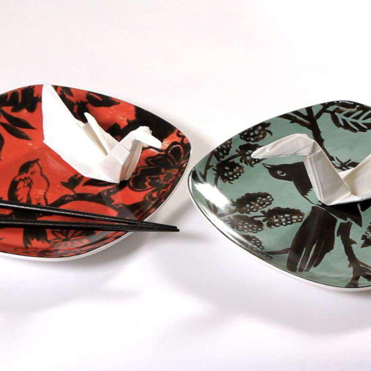 Fold Napkin Into Swan   Wedding Ideas   1200x1200