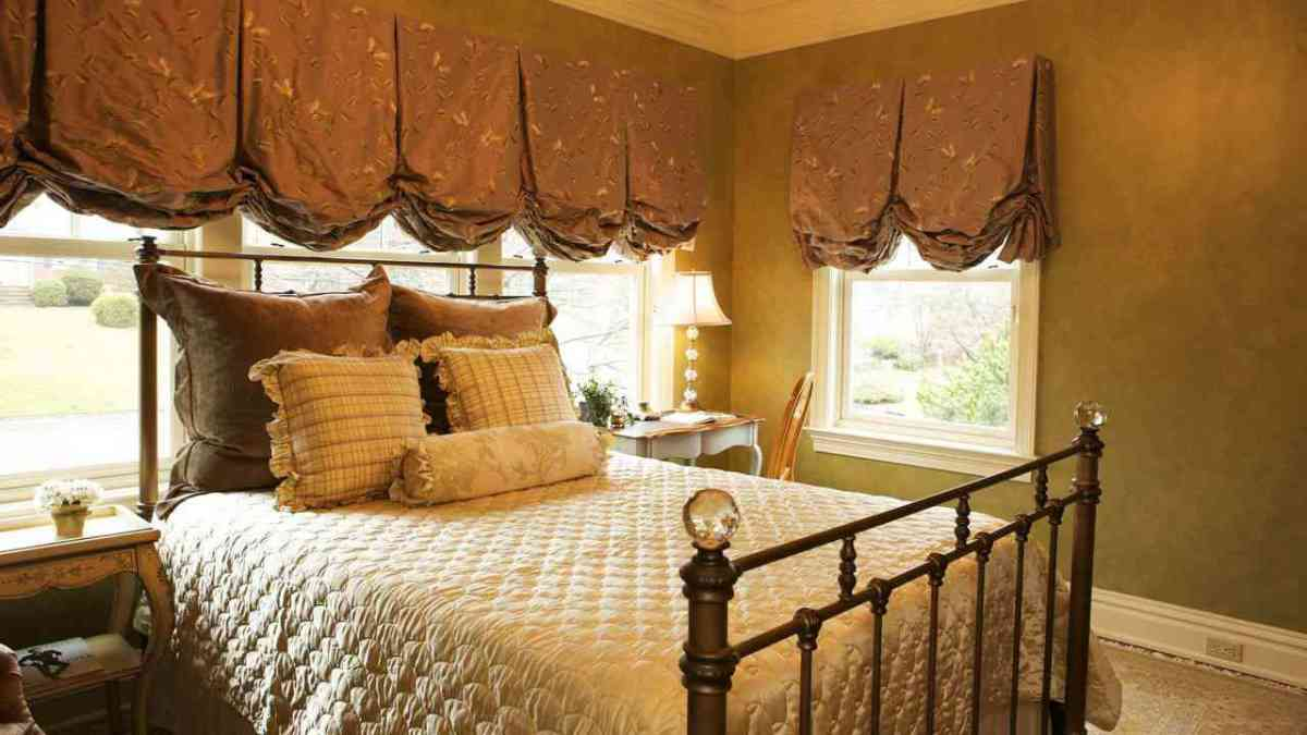 How To Decorate Your Bedroom Without Buying Anything Howcast The