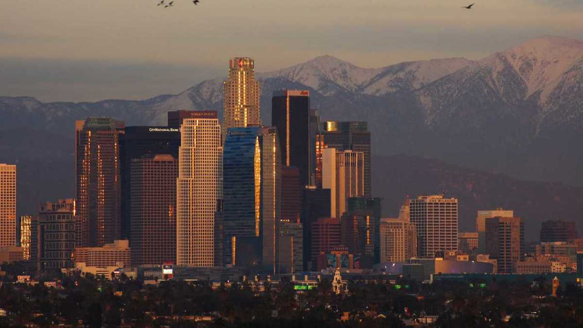 Best Time to Visit Los Angeles - Howcast