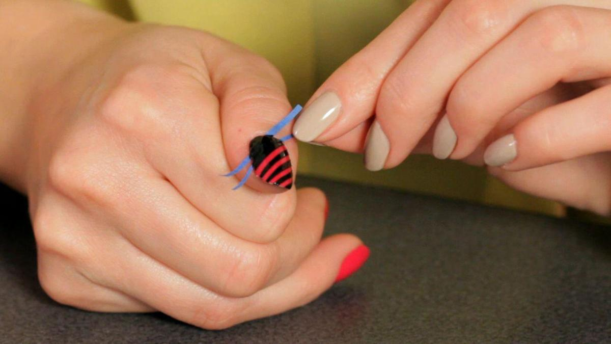 How to Do a Stripe Nail Art Design with Tape - Howcast | The best how-to  videos - How To Do A Stripe Nail Art Design With Tape - Howcast The Best