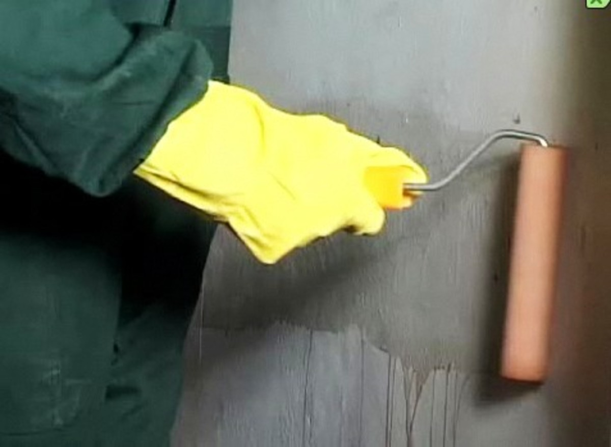 How To Remove Water Stains From Walls And Ceilings Howcast The Best Videos