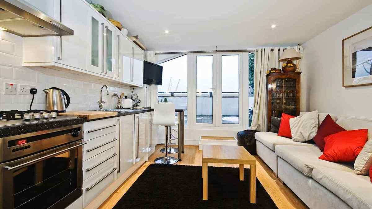 How to arrange furniture in a studio apartment howcast - Best furniture for a studio apartment ...