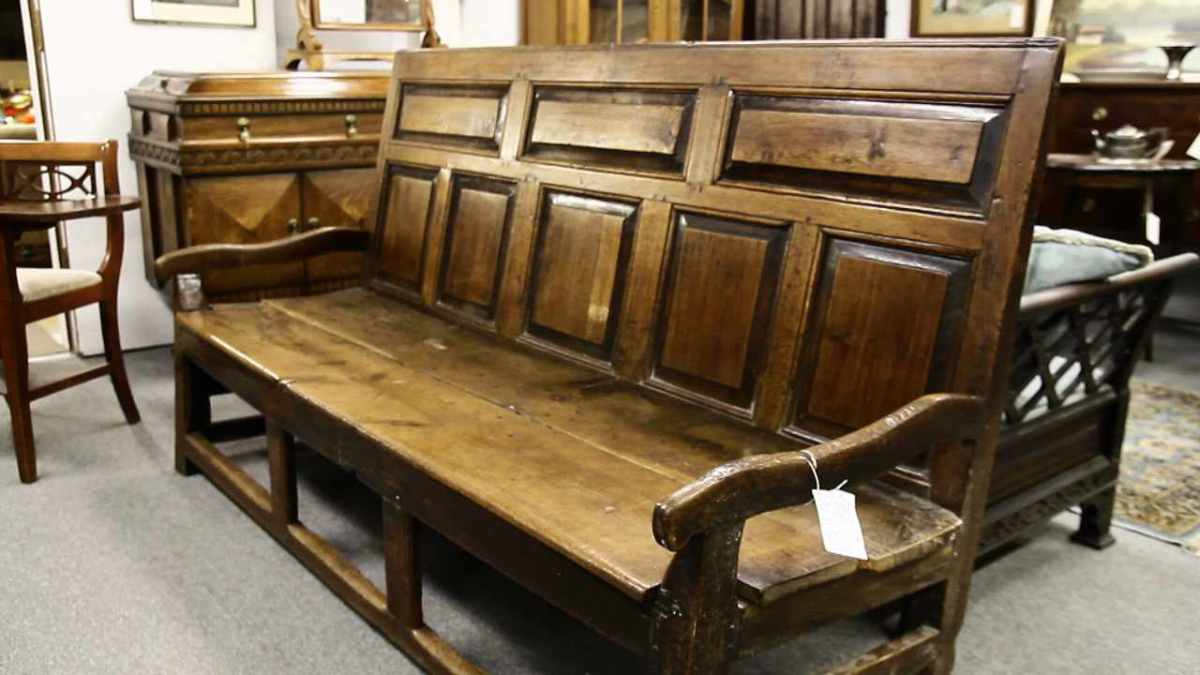 - How To Buy Antique Furniture - Howcast The Best How-to Videos