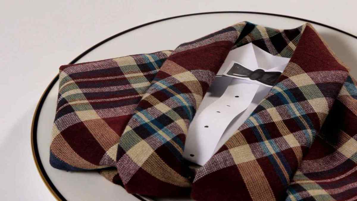 how to fold a napkin into a tuxedo howcast the best how to videos