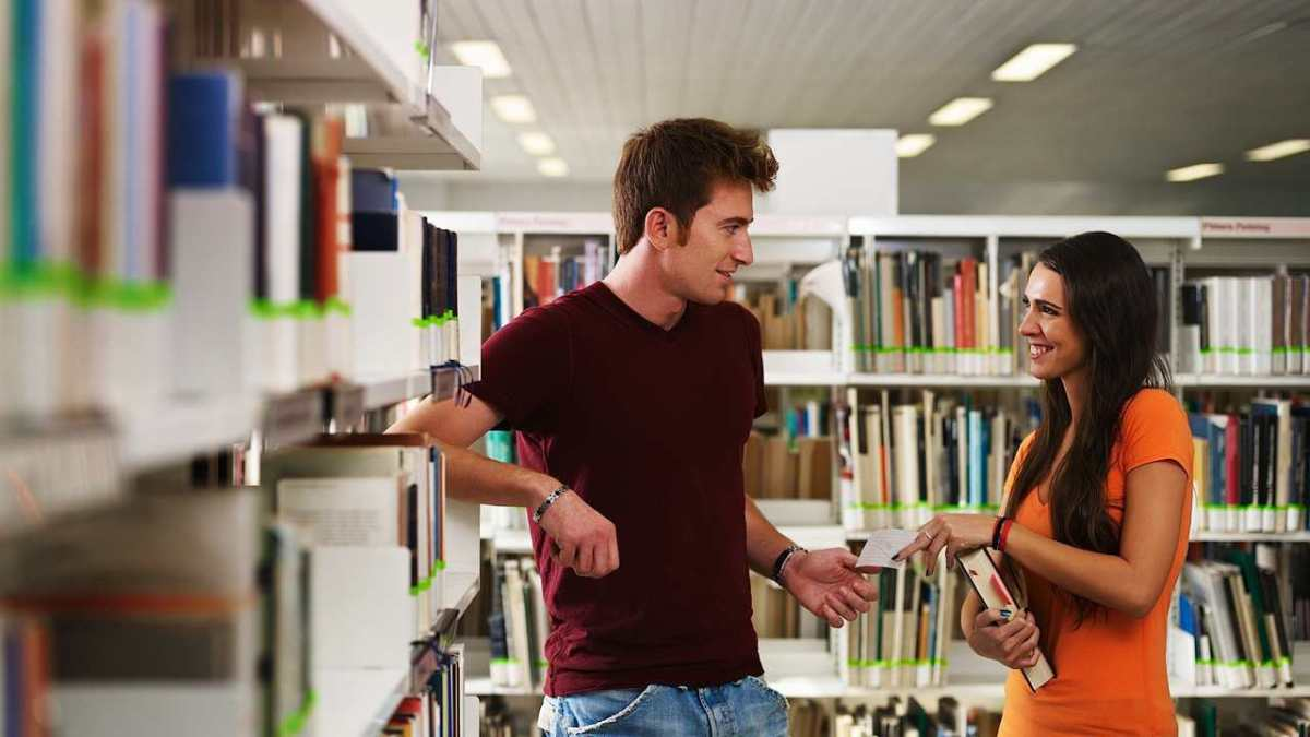 understanding body language flirting